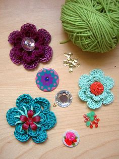 Simple Crochet Flowers Motif By Linda Permann - Free Crochet Pattern - (ravelry)