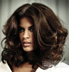 GREAT LENGTHS Lange Braun Weiblich Farbige wellenförmige Erweiterungen Klassisch Ethnische Film Frauen Frisuren hairstyles