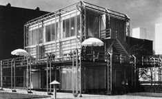 Image 4 of 5 from gallery of Toward A Fourth Architecture. George Fred Keck, Crystal House, 1933-34. . Image Courtesy of Robert Medina, Chicago History Museum