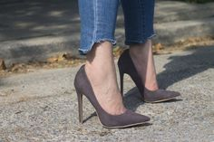 Pointed grey heels on the Sylvii Pointed Heels, Stiletto Heels, Grey Heels, Pairs, Shoes, Fashion, Moda, Zapatos, Shoes Outlet