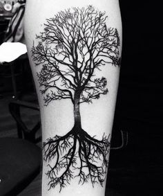 Family Tree Tattoo Ideas For Men And Women - Tree Tattoos Viking Tattoos, Leg Tattoos, Body Art Tattoos, Tattoos For Guys, Cool Tattoos, Tattos, Tree Sleeve Tattoo, Sleeve Tattoos, Forearm Tree Tattoo
