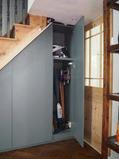 Closet Under Stairs, Space Under Stairs, Under Stairs Cupboard, Basement Stairs, Basement Flooring, Basement Remodeling, Basement Ceilings, Walkout Basement, Basement Ideas