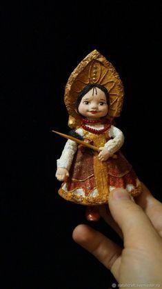 Елочная ватная игрушка - Василиса премудрая – купить или заказать в интернет-магазине на Ярмарке Мастеров | Ватная елочная игрушка - Василиса Премудрая.