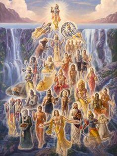 In the Bhagavad Gita, Lord Shree Krishna reassures His devotees several times, encouraging them to continue to keep walking on the path . Krishna Lila, Cute Krishna, Radha Krishna Love, Krishna Radha, Durga, Shri Hanuman, Deus Vishnu, Lord Vishnu, Lord Krishna Images