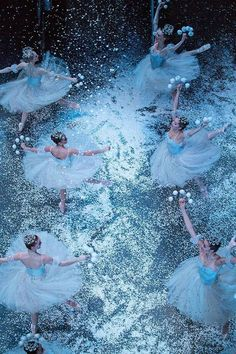 """The snowflake dancers from The New York City Ballet Company dancing during their performance in Act 1 in """"The Nutcracker"""". Photography by: Katie Friedman"""