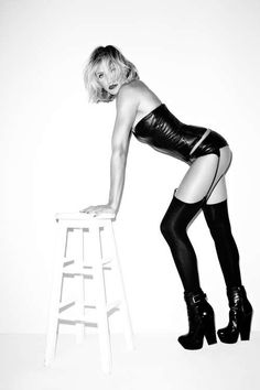 """""""Everyone's got a soft spot for Cameron Diaz. The Esquire November cover shoot should be enough to make you like her even more. Cameron Diaz, the ultimate California girl, looks incredible at – Esquire. (Photo by Terry Richardson) Terry Richardson, Cameron Diaz Legs, Bryan Adams Photography, Heavy Metal, Celebrities In Stockings, Esquire Uk, Uk Magazines, Star Wars, Bikini Pictures"""