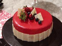 Torta Mousse de Chocolate e frutas por Diego Lozano