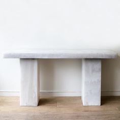 Lions Desk made of white marble resin by Martha Sturdy Table Desk, Console Table, Resin Furniture, White Desks, Interior Design Studio, White Marble, Lions, Entryway Tables, Studios