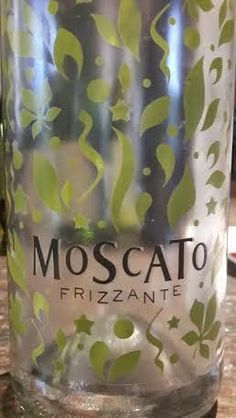 Miguel Chan: Moscato Frizzante NV 87 Points