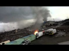 Escaping Japanese Tsunami VERY CLOSE to death - YouTube