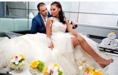 GLAMOUROUS BRIDE