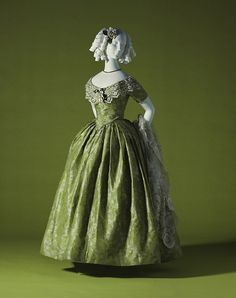 Evening dress ca. 1845 From the Kyoto Costume Institute