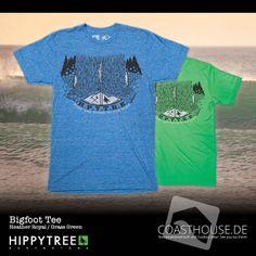 Seit dem Sasquatch Tee wissen wir, wie er ausieht. Nun zeigt uns das Bigfoot Tee von HippyTree was der Sasquatch den ganzen Tag so macht. Cooler Genosse. Es wäre nur wünschenswert, dass er auch sein Leergut mitnimmt.  Heather Royal - http://www.coasthouse.de/Men/T-Shirts/HippyTree-Bigfoot-Tee-Heather-Royal.html  Grass Green - http://www.coasthouse.de/Men/T-Shirts/HippyTree-Bigfoot-Tee-Grass.html