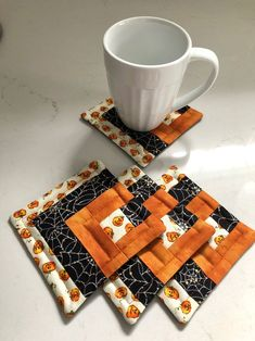Halloween Quilted Log Cabin Coasters - Pumpkins & Spider Webs- reversible - set of 4 Halloween Quilts, Halloween Table, Halloween Pumpkins, Quilted Coasters, Snowman Quilt, Log Cabin Designs, Star Candle, Quilted Table Toppers, Black Spider