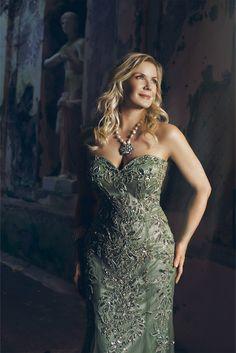collana in perle scaramazze e ciondolo in cristalli www.aiardodesign.com