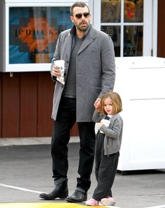 Ben Affleck takes Seraphina to the Brentwood Country Mart to grab coffee in Brentwood, CA on March 20, 2013.