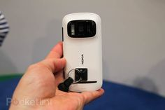 Nokia 808 Pureview - 41 megapixel phone review http://leojpeo.blogspot.in/2012/02/nokia-808-pureview-41-megapixel-phone.html