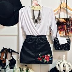 Body Fluit Frente Única Flamingo ( C/ BOJO) Classy Outfits, Outfits For Teens, Casual Outfits, Cute Outfits, Girl Fashion, Fashion Looks, Fashion Outfits, Womens Fashion, Winter Outfits 2017