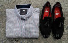"""Conjunto perfecto para una ocasión casual, compuesto por una camisa blanca con detalle a colores y loafer negro con mota frontal. Artículos hechos en México por la marca """"Moon & Rain"""" y de venta exclusiva en """"Tiendas Platino"""" #TiendasPlatino #Moda #Hombre #Camisa #Pantalón #Calzado #Mocasín #Outfit #Mens #Fashion #Dapper #Macrame #Ropa #México #Looks #Style #loafer #moonandrain"""