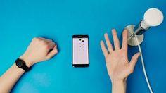 Non sarebbe utile poter controllare tutto ci che ci circonda attraverso un semplice gesto?  Tapdo è il wearable smart che permette di farlo  #tapdo #wearable #technology #photography #amazing #internet #newsoftheday #news #bestoftheday #wearabletechnology #wearables