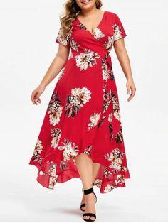 Plus Size Floral Print Maxi Plunge Dress - Women Plus Size Sweaters - Ideas of Women Plus Size Sweaters Plus Size Maxi Dresses, Plus Size Outfits, Casual Dresses, Fashion Dresses, Casual Outfits, Plus Size Fashion For Women, Plus Size Women, Plunge Dress, Looks Plus Size