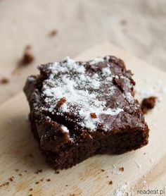 The best vegan brownie with dates – readeat.pl – vegan kitchen, books movies, travels