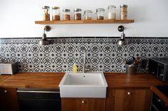 Cet évier à poser est idéal pour une cuisine tendance de style rétro ...