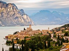 gidelim buralardan...dayanamıyorum...#37 Malcesine Castle (Lago di Garda, Italy) | by stastie