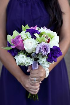 My Wedding Bouquet but want a larger version with peonies added.