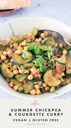 A light and delicious summery dish, add this chickpea and courgette curry to your repertoire today. Perfect for making a dent in a glut of courgettes. Suitable for vegans. Vegan Indian Recipes, Vegan Lunch Recipes, Vegetarian Dinners, Healthy Recipes, Ethnic Recipes, Veg Recipes, Vegan Meals, Curry Recipes, Summer Recipes