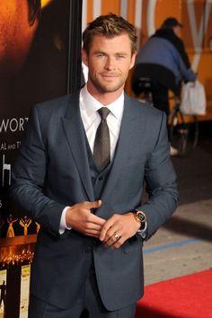Oh, hey there Chris Hemsworth