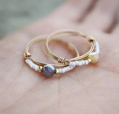 Diy Wire Jewelry Rings, Diy Beaded Rings, Wire Jewelry Designs, Handmade Wire Jewelry, Handmade Rings, Diy Crafts Jewelry, Wire Wrapped Jewelry, Wire Jewelry Making, Diy Rings With Beads