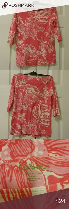 Lilly Pulitzer Pink Salmon Glamorous Life Shirt Pink Lilly hibiscuis print boat neck. 3/4 length sleeve tee. Size small. 100% cotton. Lilly Pulitzer Tops Tees - Long Sleeve