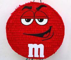 M & M PIÑATA, pinata de caramelo rojo, mm chocolate favorecen, tirar la piñata de cadena de TRUSTITI en Etsy https://www.etsy.com/es/listing/515697673/m-m-pinata-pinata-de-caramelo-rojo-mm