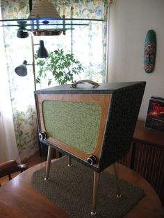 The fabulously charming Jetson Amp by Bob Ohsiek