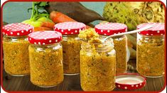 Gemüsepaste selber machen | nie mehr Brühwürfel für Gemüsebrühe - YouTube Food Inspiration, Pesto, Mason Jars, Shabby, Youtube, Vegetable Broth Recipe, Cool Recipes, Food And Drinks, Yummy Food