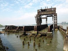 NYC abandoned | Abandoned NY Central Railroad 69th Street Transfer Bridge on Hudson ...