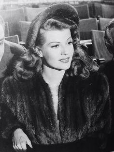 Rita Hayworth down to earth 1947