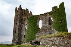 ballycarbery castle ruins by award-winning nature and travel photographer George Cathcart