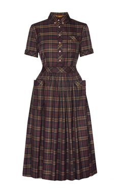 This **Lena Hoschek** Little Britain shirtdress features a pointed collar with a buttoned front placket and ruffled skirt.