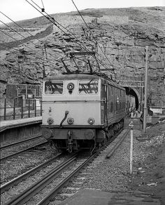 The old bore at Woodhead Live Steam Locomotive, Electric Locomotive, Diesel Locomotive, Electric Train, Electric Power, Standard Gauge, Railway Museum, Train Pictures, British Rail