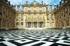 Versailles Palace was built in place of the previous hunting lodge in today s rich suburb of Paris - Versailles. Versailles Palace is located about 17 kilometers from the center of Paris. Oh The Places You'll Go, Great Places, Places Ive Been, Beautiful Places, Places To Visit, Palace Of Versailles France, Visit Versailles, Marseille France, Paris France