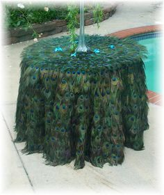 Elaborate 36 Peacock Feather Tablecloth by Ivyndell on Etsy Peacock Decor, Peacock Colors, Peacock Bird, Peacock Theme, Peacock Design, Peacock Wedding, Bling Wedding, Peacock Feathers, Peacock Christmas