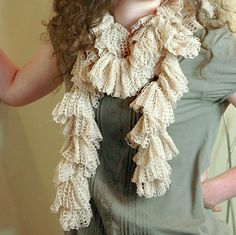 Free Crochet Pattern - Simple Ruffle Scarf