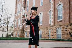 University of Arkansas Senior Pictures College Senior Pictures, College Graduation Pictures, Graduation Picture Poses, Graduation Photoshoot, Grad Pics, Grad Pictures, Senior Year Of High School, Graduation Photography, University Of Arkansas