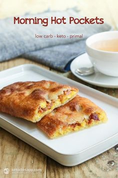 Morning Hot Pockets Morning Hot Pockets made with bacon, egg and cheese. It's the ultimate keto, gluten free & low carb breakfast!Morning Hot Pockets made with bacon, egg and cheese. It's the ultimate keto, gluten free & low carb breakfast! Biscuits Keto, Cookies Et Biscuits, Ketogenic Recipes, Low Carb Recipes, Real Food Recipes, Easy Recipes, Easy Meals, Paleo Recipes, Bacon Recipes