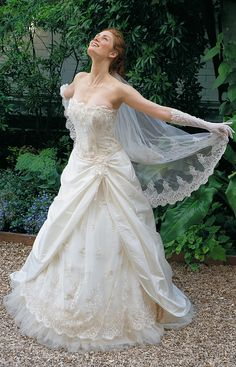 lace & tulle.. LOVE!!!!