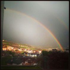 L'arcobaleno fuori dalla mia finestra..
