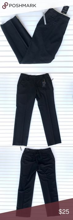 """NWT Zac & Rachel Trouser Pants, Slim Leg Black, 14 NWT Zac & Rachel Slim Leg Trouser. Clasp and zip front.  """"Fit slim this the hip and thigh and flatters all shapes"""" Color Black Size 14 Check out my other listings for a bundle deal. Zac & Rachel Pants Skinny"""