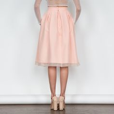 Jeanne Skirt | vivianchan $218 - Full midi skirt, box pleats, sheer trim detail at bottom hem, pockets (!!!), complete with a hook-and-eye + invisible zipper closure at back. Perfectly pair it with our matching Angela crop top! #vivianchan #vivianchansummer #summer #apricot #peach #pretty #midiskirt #fullskirt #midi #skirt